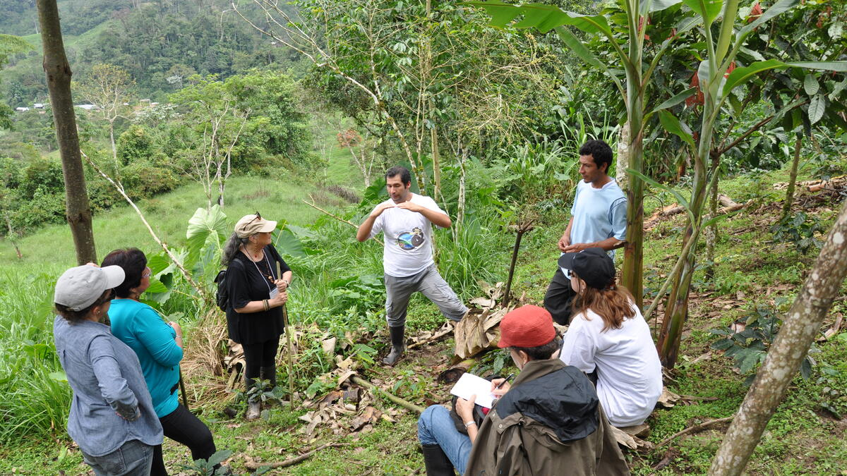 Field Dialogue on REDD+ Benefit Sharing in Peru